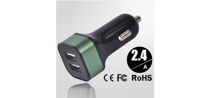 2.4A双口塑胶车载充电器SN-143-04